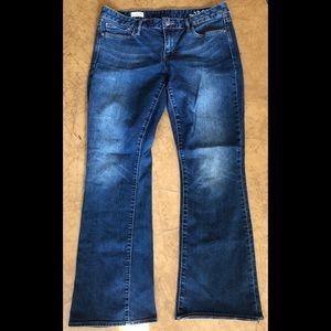 GAP Curvy 1969 Bootcut Jeans Size 32